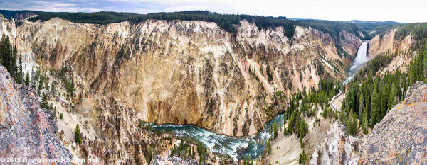 Grand Canyon of the Yellowstone, the river runs through it